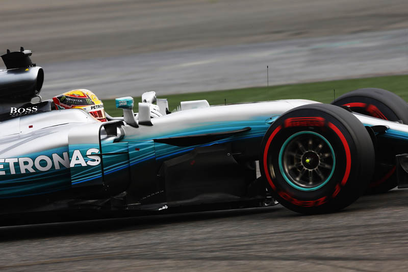Lewis Hamilton's Mercedes team robbed at gunpoint in Brazil (updated)