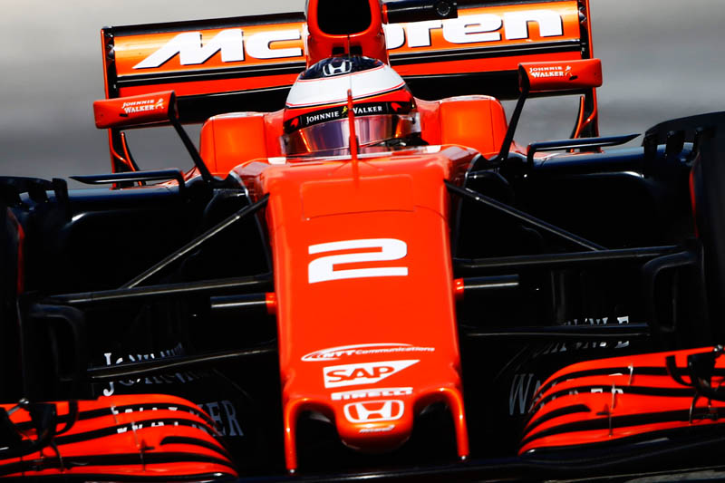 Fernando Alonso to make decision regarding his McLaren future soon