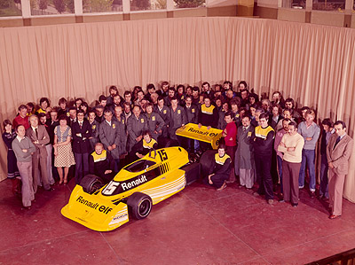 Viry ch tillon 30 years of innovation and expertise for Garage renault viry chatillon