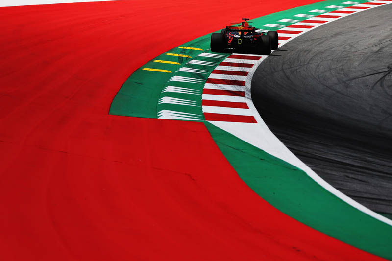 Formula One: Sizzling Hamilton dominates both practice sessions