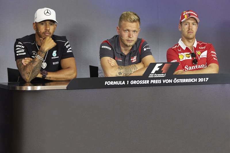 Feud between Lewis Hamilton and Sebastian Vettel heats up