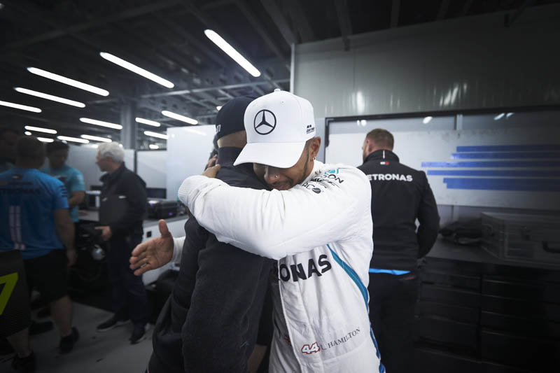 Lucky Hamilton wins incident-packed Azerbaijan Grand Prix