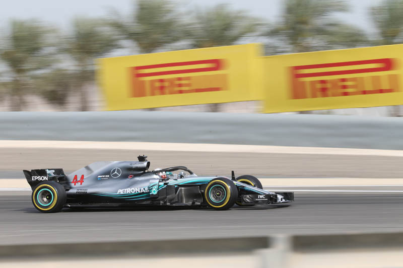 Bahrain GP: Raikkonen top as Hamilton struggles