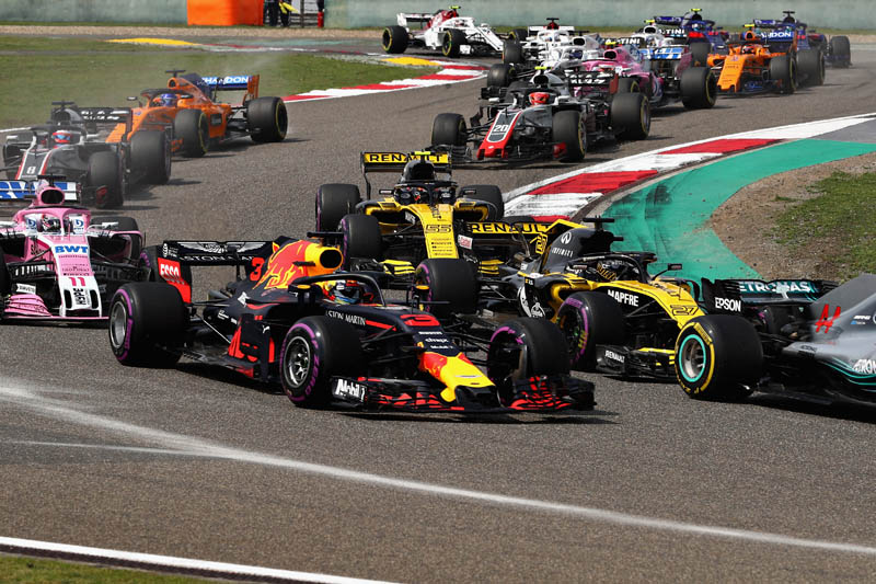 Max Verstappen REFUSES to change after Sebastian Vettel crash