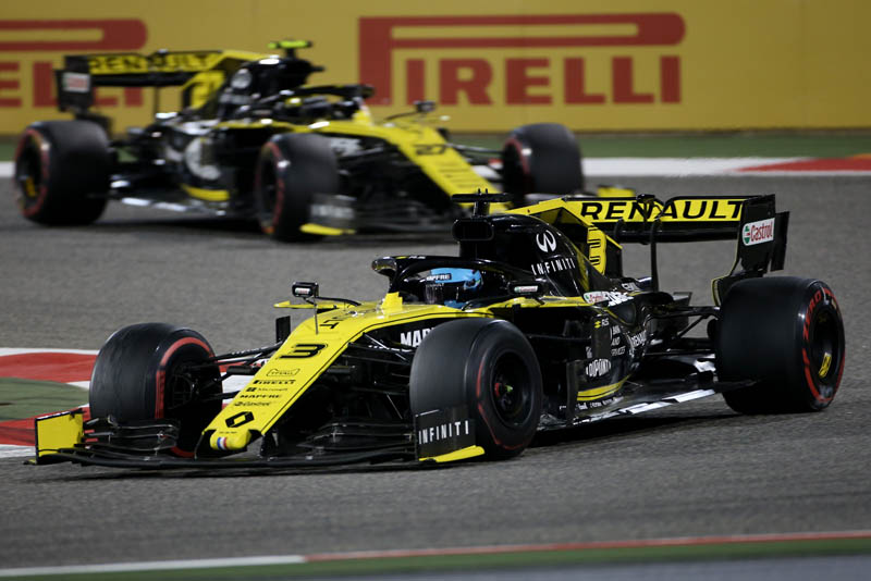 Ricciardo's F1 season start is 'unacceptable', says Renault boss